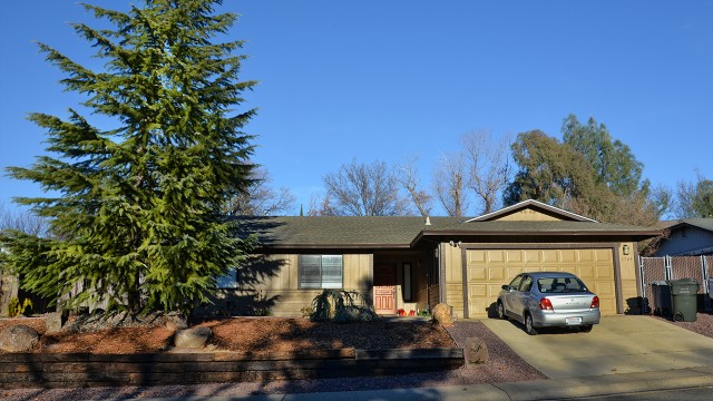 We helped sell this home in the terrific Mary Lake neighborhood in 2013