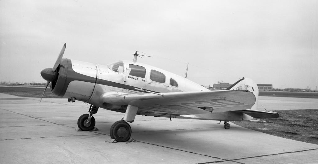 Spartan Executive 7W, NC-17630, Texaco 74