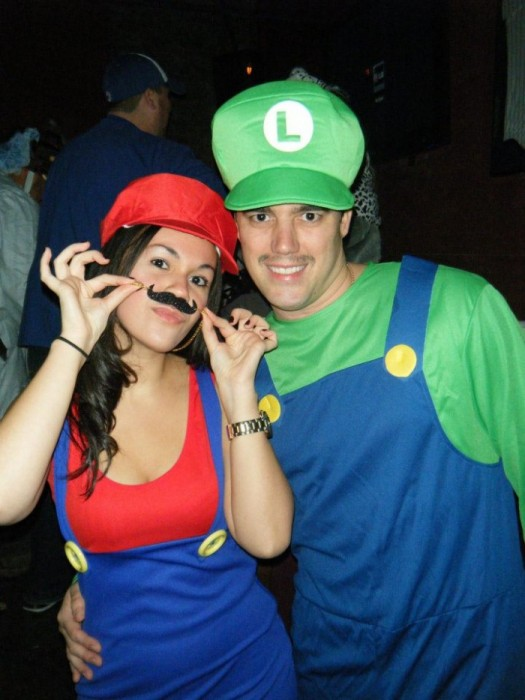 Mario and luigi halloween costumes for couples
