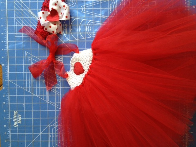How_to_Make_a_Tutu_Dress_for_$10