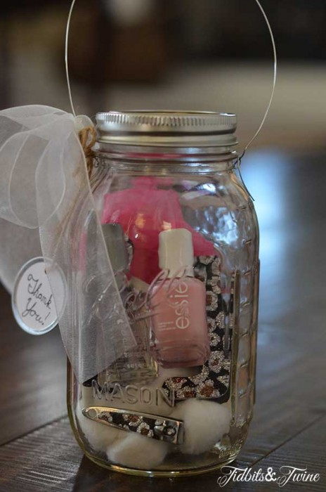 TidbitsTwine-Teacher-Appreciation-Mason-Jar-Manicure-Set-and-Light2
