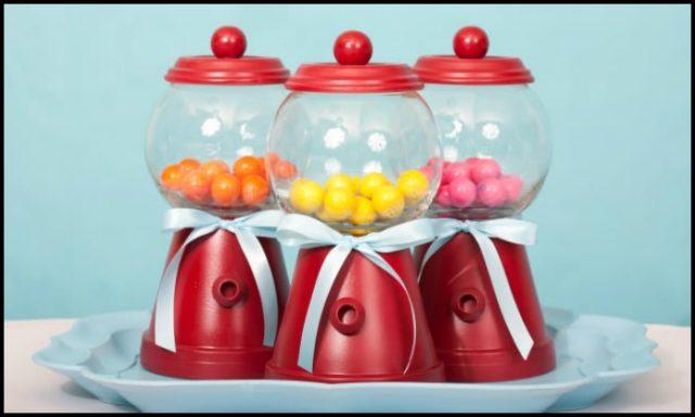 Make a Bubblegum Machine