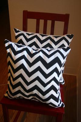 diy-chevron-pillows