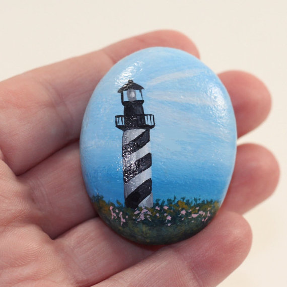 hand-painted-lighthouse-rock