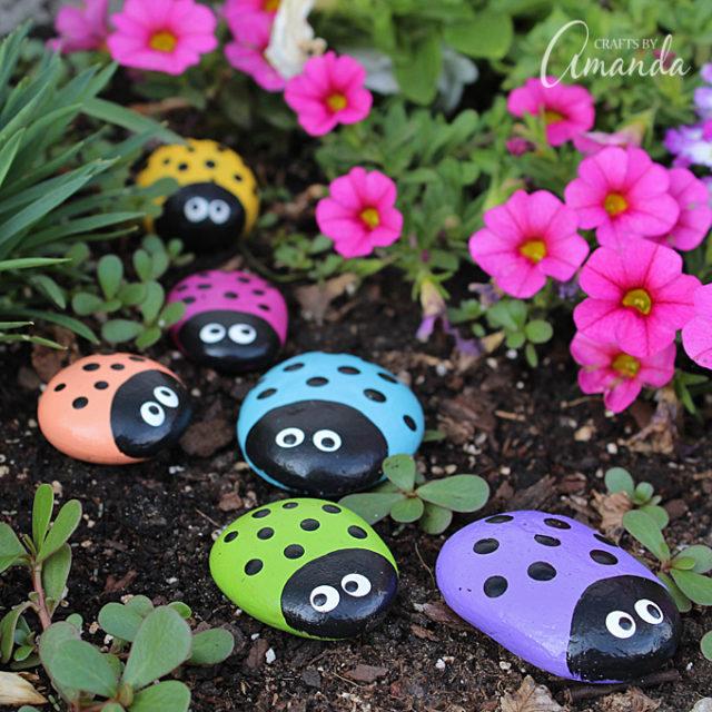 ladybug-painted-rocks