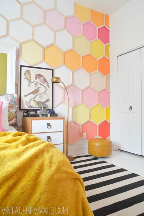 pink-and-red-honeycomb-wall