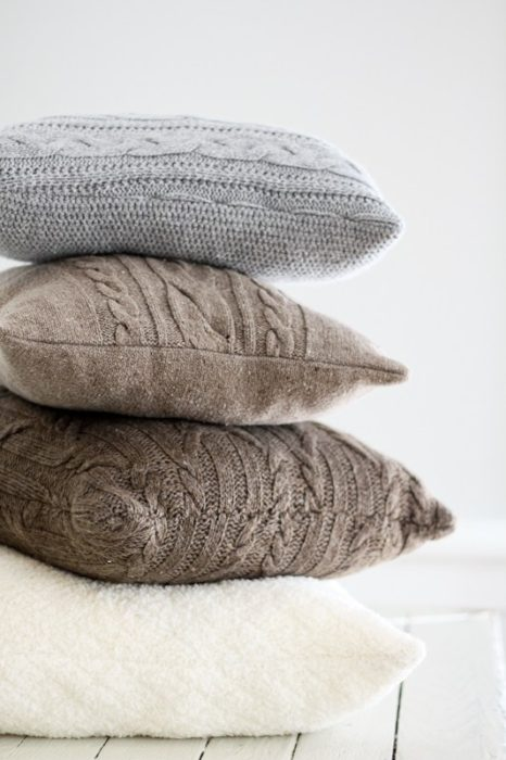re-purposed-sweater-pillows