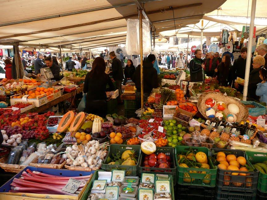 buitenmarkt Sant'Ambrogio