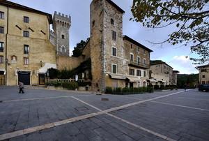 Piazza Matteotti San Casciano dei Bagni