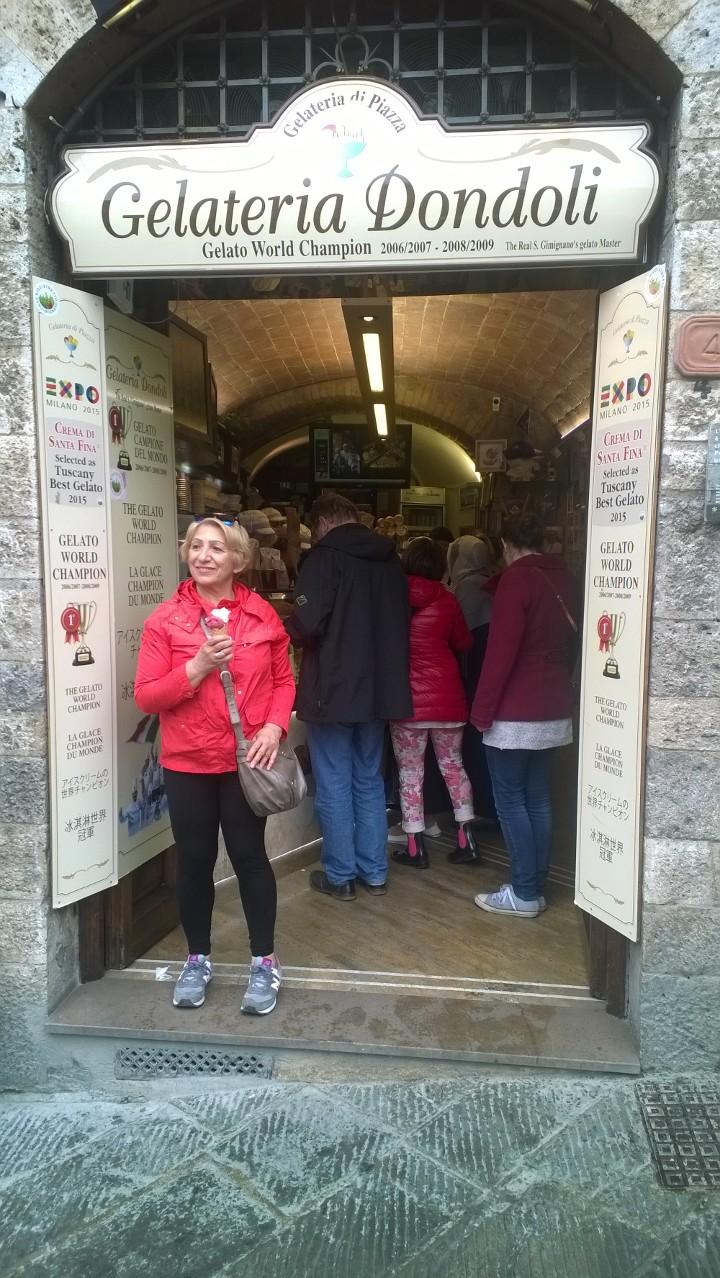 San Gimignano gelateria Dondoli