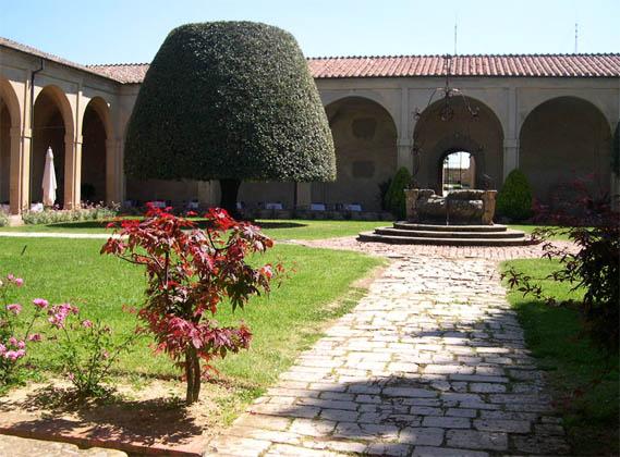 binnenplein klooster in Pontignano