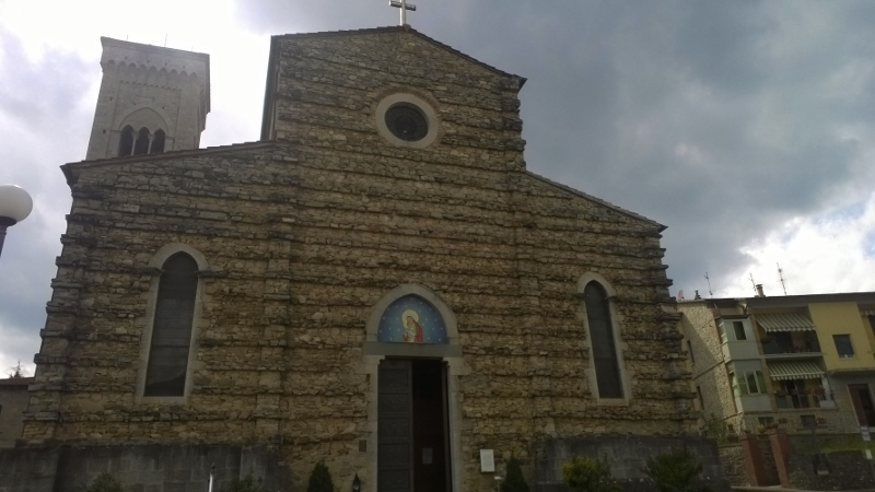 voorgevel kerk San Sigismondo