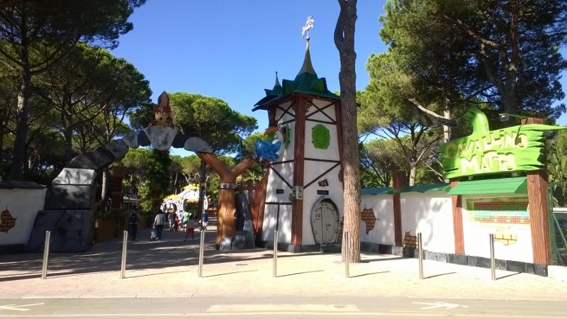 ingang Pretpark Cavallino Matto (800x450)