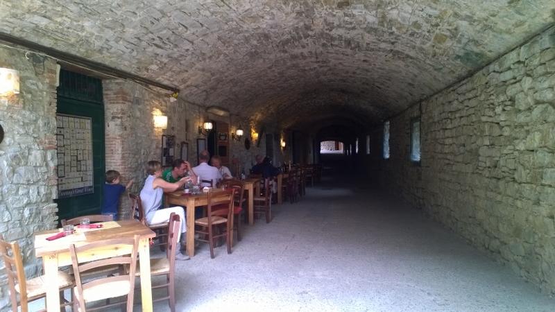 Het middeleeuwse straatje via delle volte