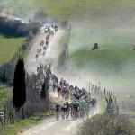 De wielerwedstrijd Strade Bianche voor profrenners