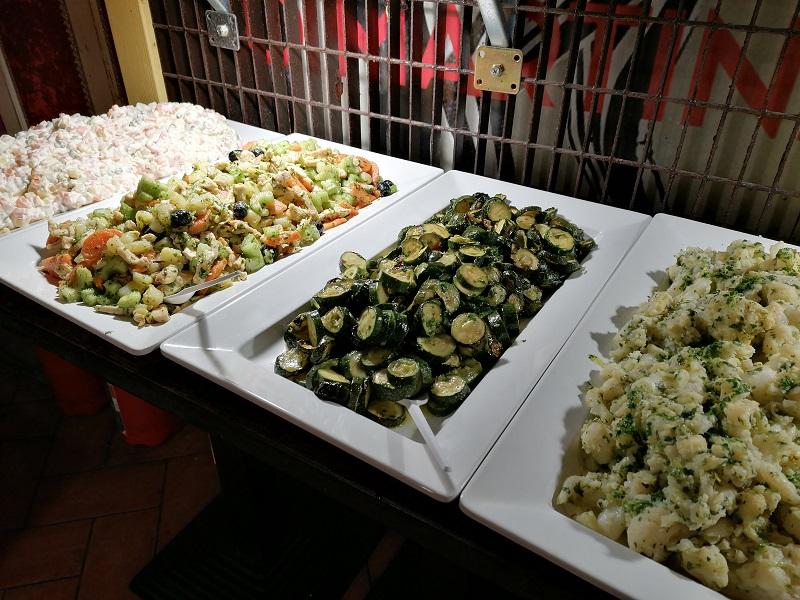 Firenze Kitsch Bar buffet