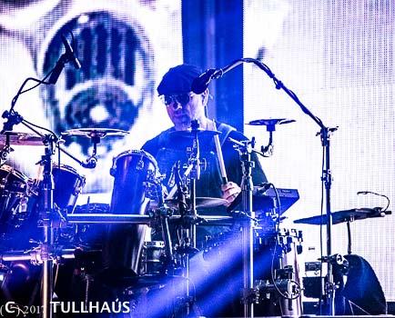 Primus drummer photos