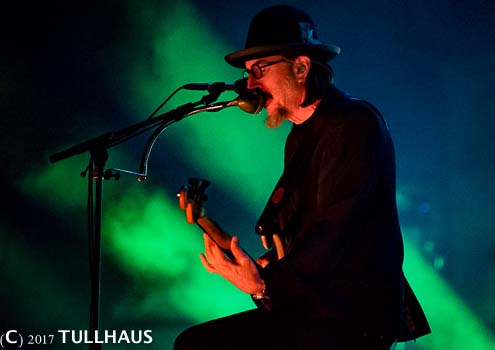Les Claypool, St. Louis concert photos.