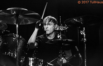 Dale Crover of The Melvins