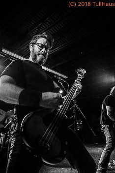 Red Fang live