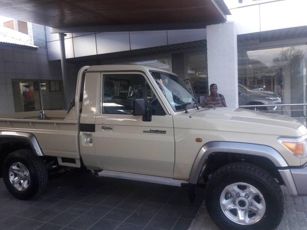 Safari Truck Brave Africa