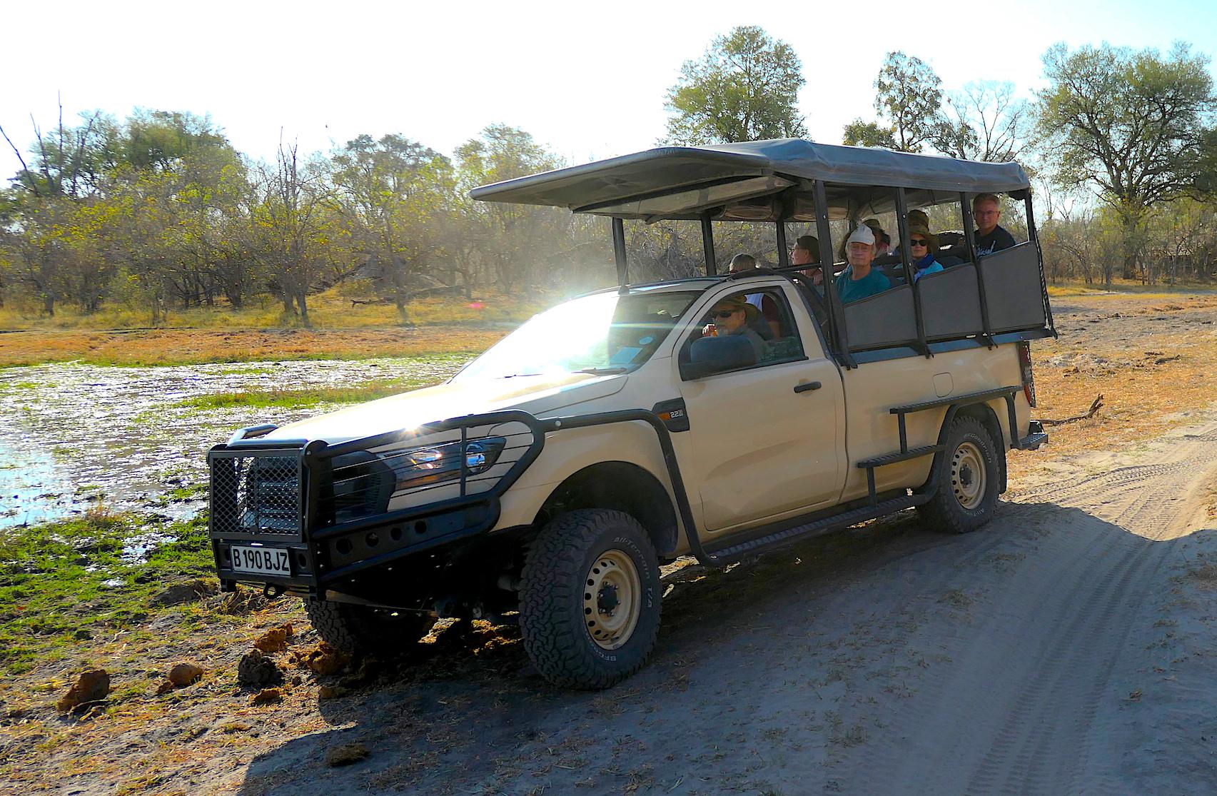 safari vehicle closed cab