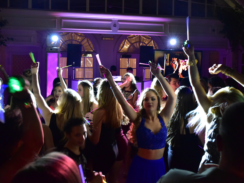 New-Jersey-Sweet-Sixteen-DJ-Quinceanera-North-Jersey-DJ-800-600-2