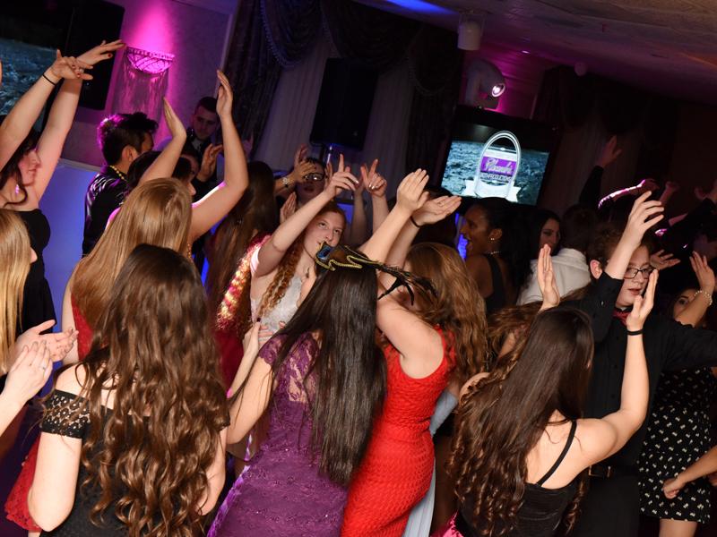 New-Jersey-Sweet-Sixteen-DJ-Quinceanera-North-Jersey-DJ-800-600-4
