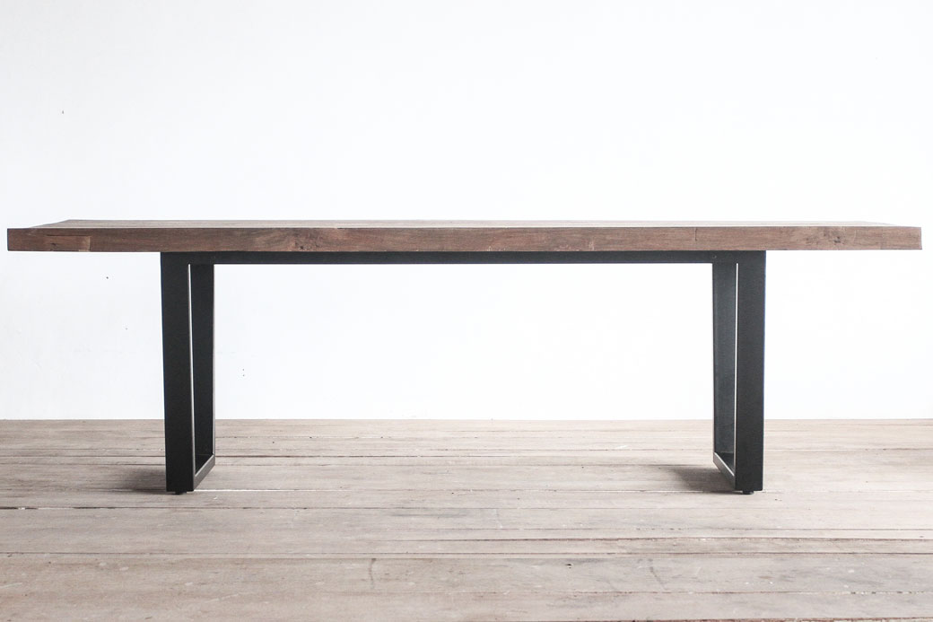 Tunnel Table