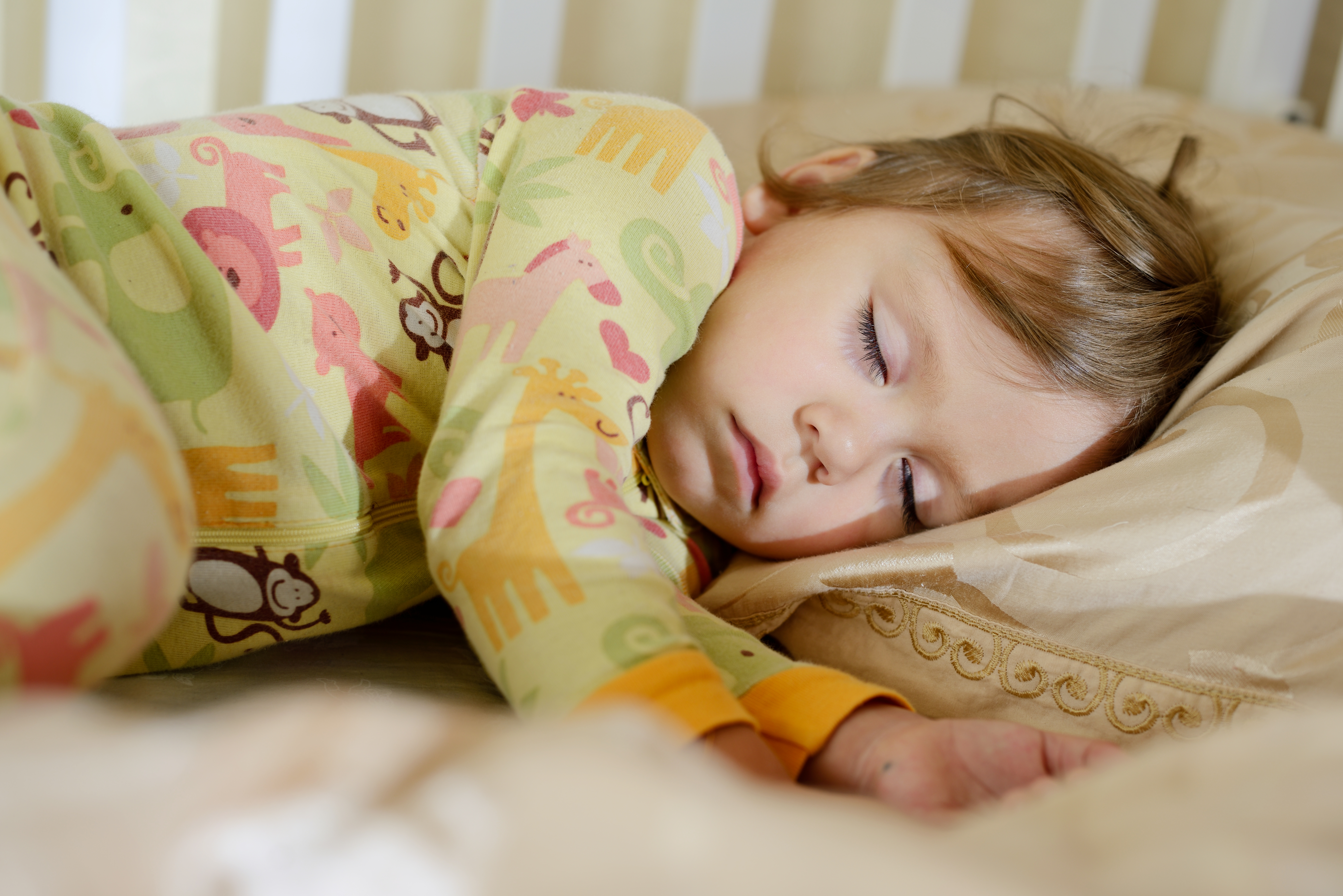 Toddler Bedtime – Helping Toddlers Stay in their Bed