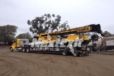 Terex Hydraulic Truck Crane California Trailer Shipment