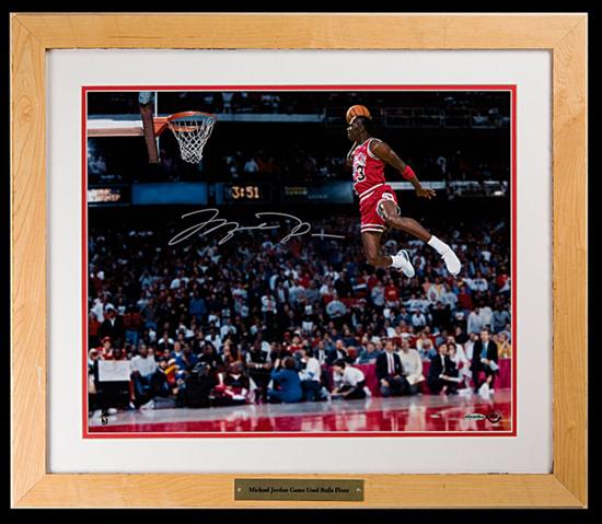 Michael Jordan Signed Slam Dunk 16 x 20 Photo