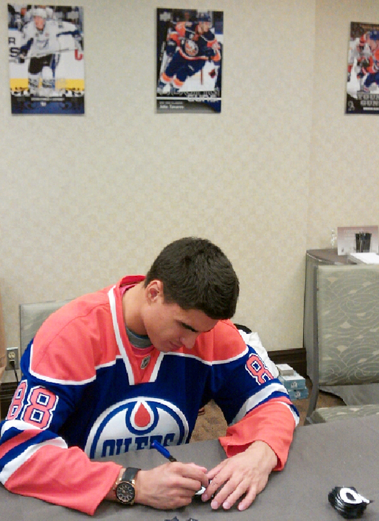 Nail Yakupov signing at the NHLPA Rookie Showcase