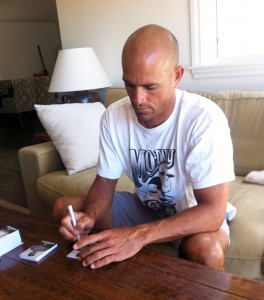Kelly Slater Signing Upper Deck Cards