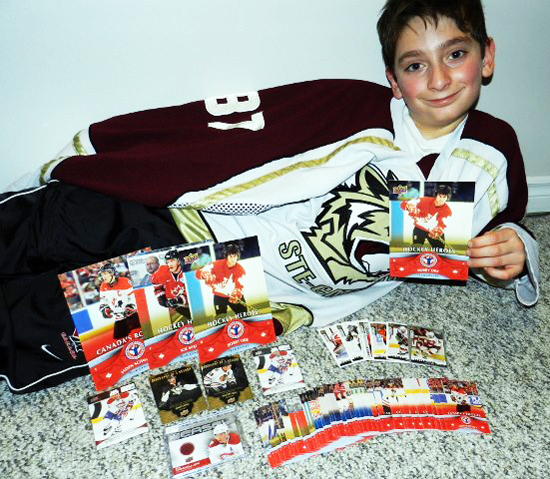 2013-National-Hockey-Card-Day-Kid-Collect-12