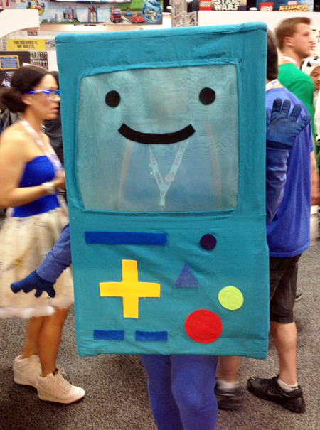 Comic-Con-San-Diego-Upper-Deck-Best-Worst-Dressed-2013-Game-Boy