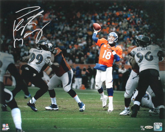 Peyton-Manning-Denver-Broncos-Pocket-Pass-Autograph-Photo-Signed