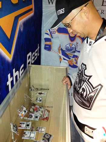 LA-Stadium-Series-Upper-Deck-Booth-Cards-Display-Hits