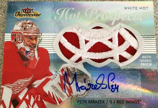 2013-14-NHL-Fleer-Showcase-Hot-Prospects-Jumbo-Autograph-Patch-Petr-Mrazek