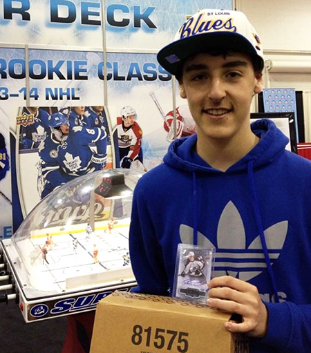 Spring-Expo-Toronto-Sport-Card-Memorabilia-Upper-Deck-Case-Breaker-Promotion-Nathan-MacKinnon