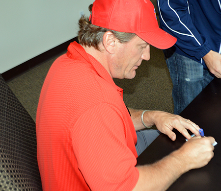 2013-14-NHL-Ultimate-Collection-Jeremy-Roenick-Autograph-Session