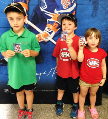 2014-NHL-Draft-Upper-Deck-Booth-Happy-Kids-Personalized-Trading-Cards-Collector-Philadelphia-Flyers
