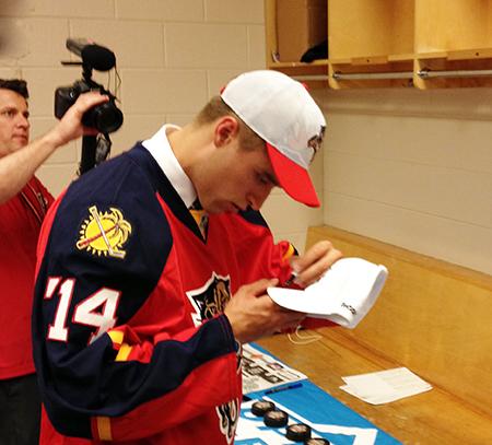 2014-NHL-Draft-Upper-Deck-Gauntlet-Ekblad-Signing-Promotional-Items-Hats