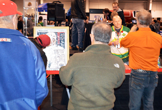 Cpl-Nathan-Cirillo-Upper-Deck-Wayne-Gretzky-Autograph-Tim-Carroll-Mosaic-Art-Remembrance-Day-Media-2