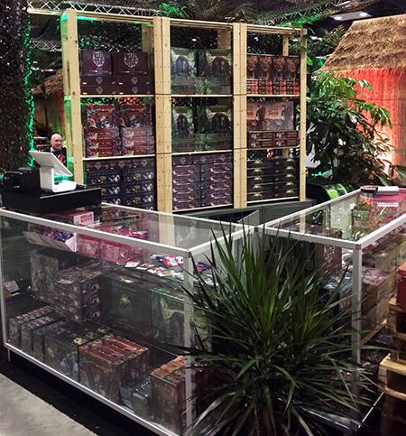 Gen-Con-Indy-2015-Upper-Deck-Entertainment-Predator-Booth-Legendary-Firefly-Vs