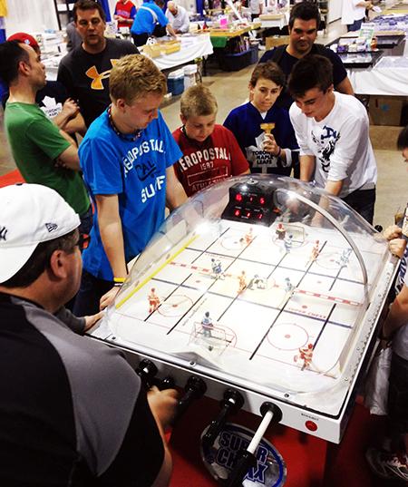 Sportscard-Memorabilia-Expo-Upper-Deck-Bubble-Hockey-Kids