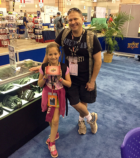 Upper-Deck-Random-Acts-of-Kindness-Envelope-National-Sports-Collectors-Convention-Father-Daughter