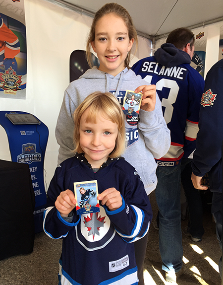 upper-deck-kids-family-collect-winnipeg-heritage-classic-hockey-nhl-personalized-card-girls