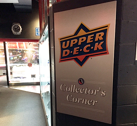 authenticated-hockey-hall-of-fame-area-collectors-zone-upper-deck-collectors-corner