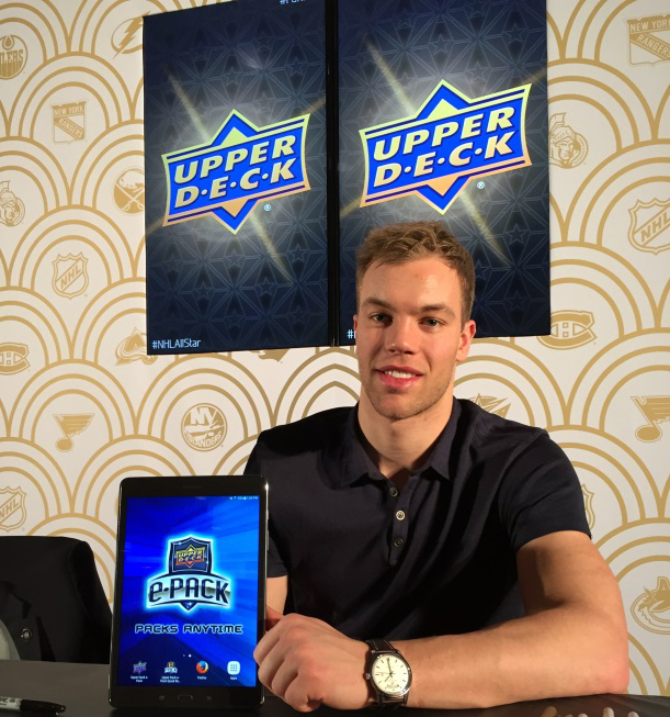 Upper-Deck-e-Pack-NHL-All-Star-Fan-Fair-Autograph-Taylor-Hall-tablet